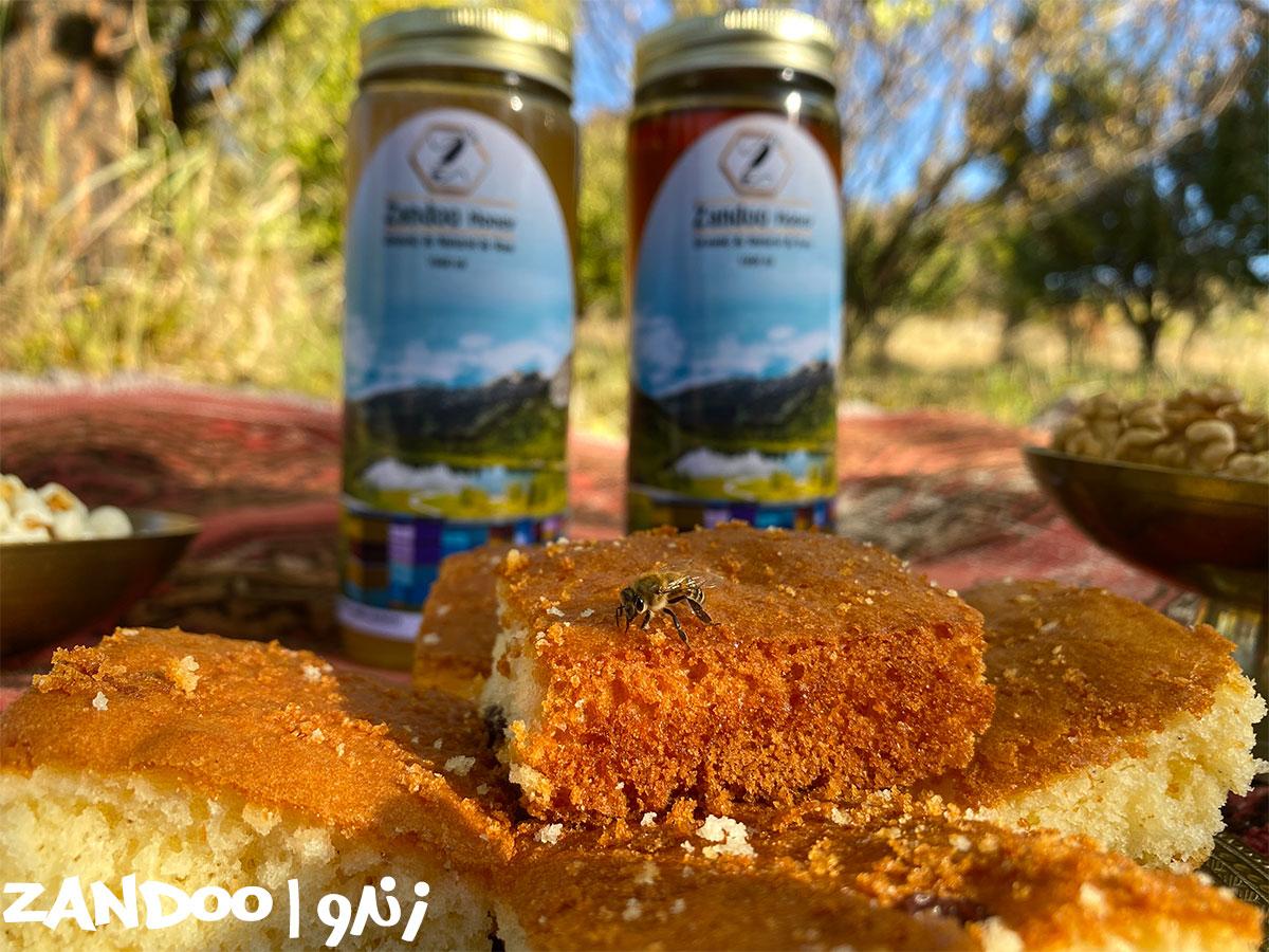 یک میان وعده خوشمزه: عسل اویشن و کیک محلی